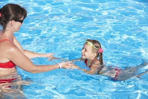 swim lessons in aurora indoor pools